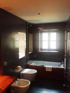 Cuarto de baño moderno Hotel rustico Gran Claustre Tarragona Altafulla Tono Bagno