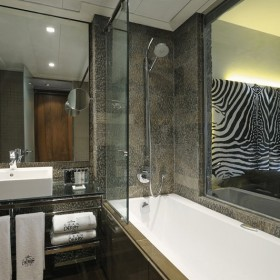 Tono Bagno Gran Derby Barcelona hoteles baño diseño