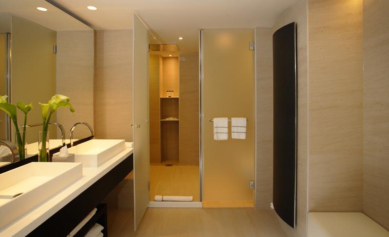 Dise o de ba os para hoteles lujosos tono bagno - Hoteles modernos espana ...