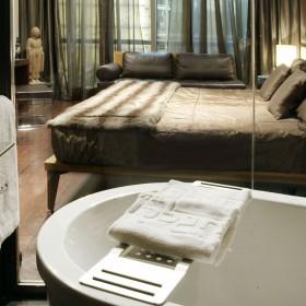 Tono Bagno proyecto baños urban hotel derby Madrid