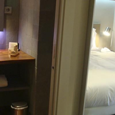 Baños habitaciones Hotel Gran Claustre, Tarragona