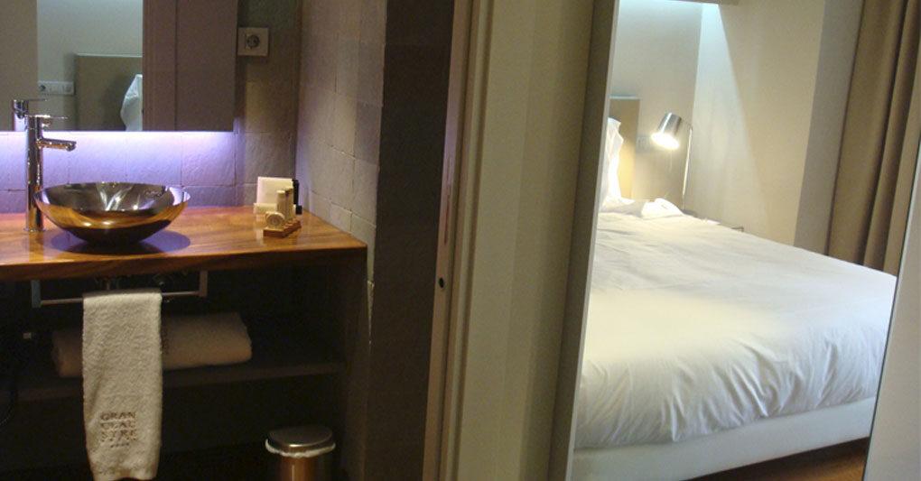 proyecto baños hotel