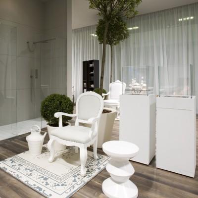 Chimenea decoración baño, Babele de Antonio Lupi, Tono Bagno Barcelona