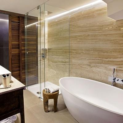 Reforma baños Derby Hoteles en España