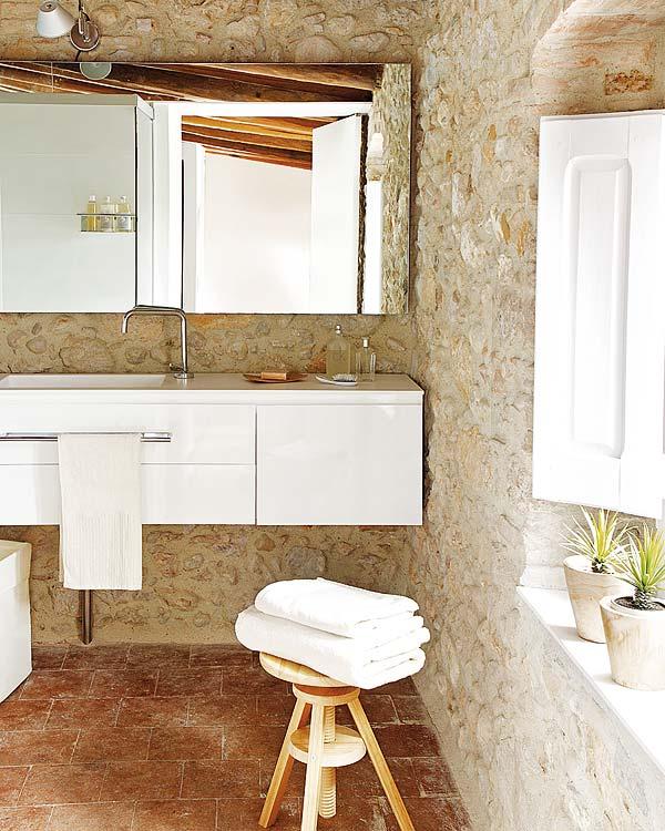 Baño de diseño rustico en vivienda particular Tono Bagno, gloria duran