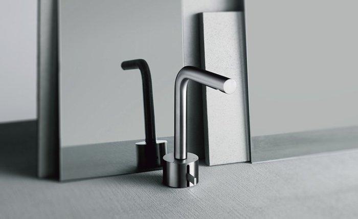 griferias modernas para baños, grifería para baños hotel