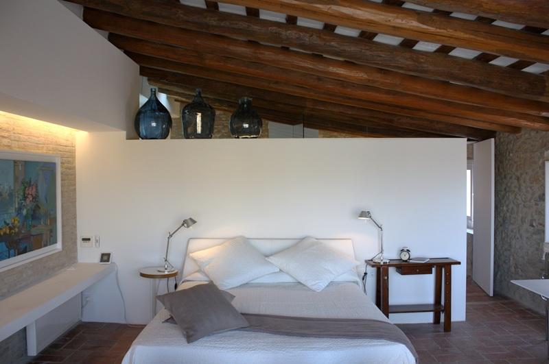 Arquitectos e interioristas clientes de tono bagno gloria for Casas modernas rurales