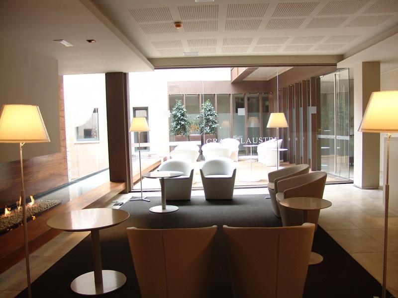 Reforma Hotel Gran Claustre - Recepción Hotel de diseño - Gloria Duran Arquitecte - Tono Bagno - Barcelona