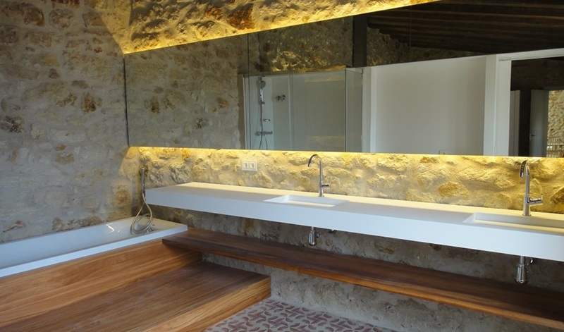 Arquitectos e interioristas clientes de tono bagno gloria - Pavimentos rusticos interiores ...