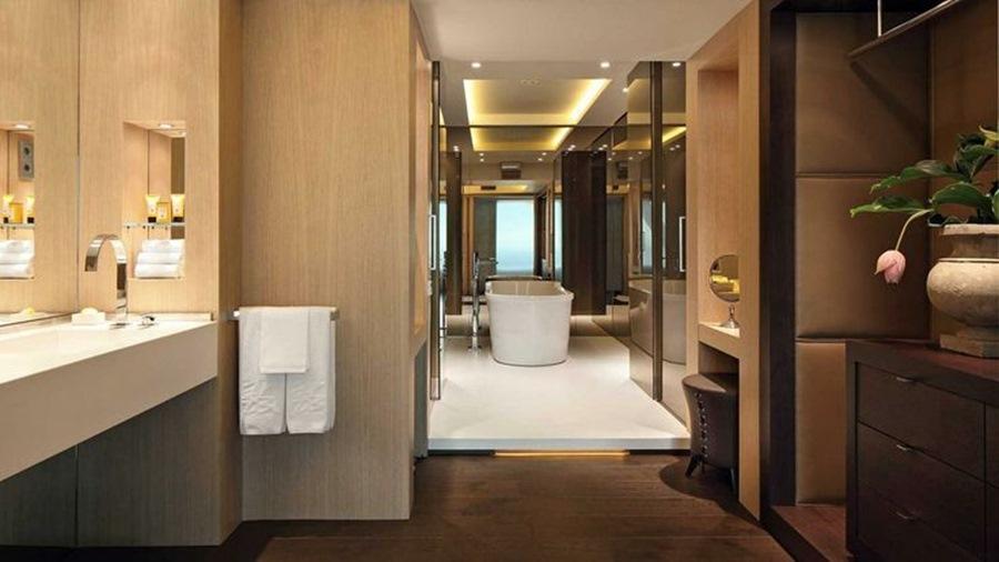 Duchas de dise o hansgrohe y dornbracht en barcelona for Hotel de paris barcelona