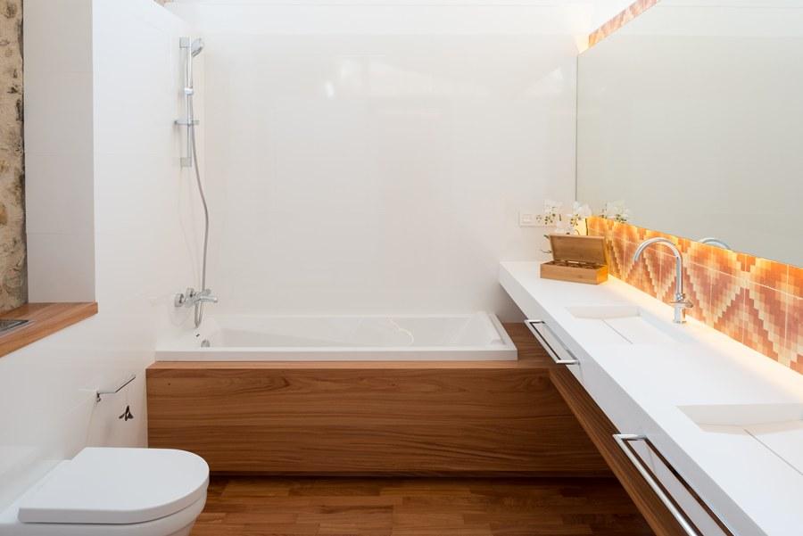 baños para casas rusticas de pueblo, tono bagno, gloria duran