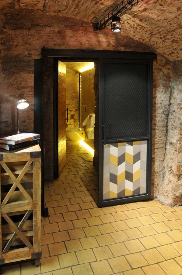 suelos y paredes rusticos, tono bagno barcelona
