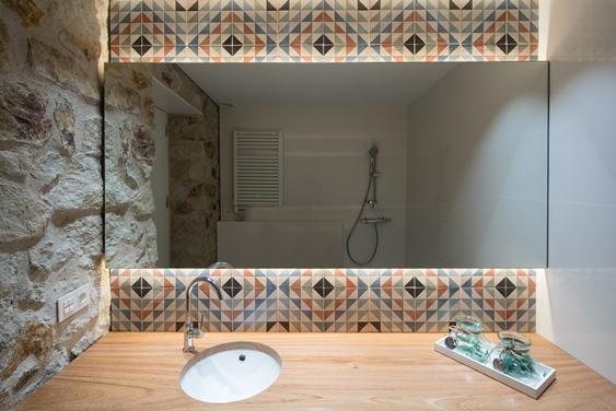 diseño baños rusticos para viviendas y casas | Tono Bagno