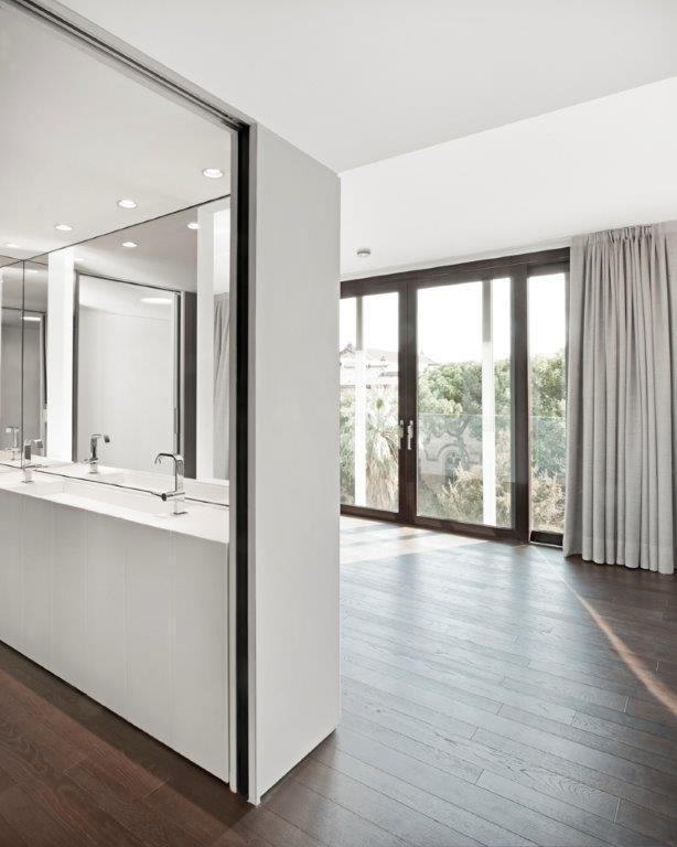 Reforma edificio, viviendas de lujo, baños de lujo, barcelona, Tono Bagno