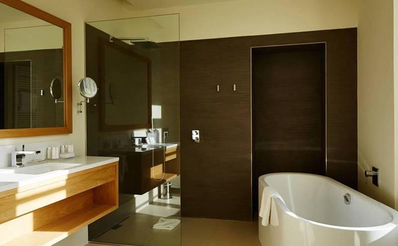 baños modernos hotel