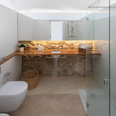 Baños para una Masia en el Baix Empordà (Girona)