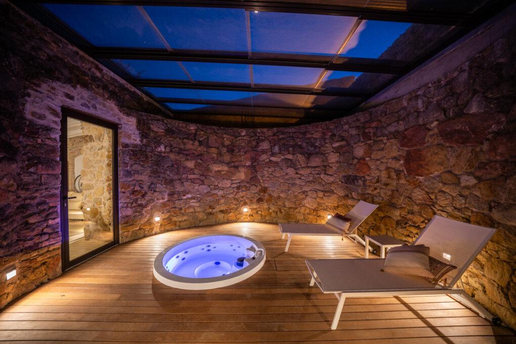 reforma baños rusticos masia pals girona